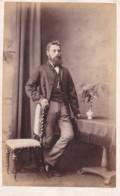 CDV PHOTO STANDING BEARDED MAN . SALCOMBE STUDIO - Old (before 1900)