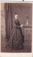 CDV PHOTO - STANDING LADY  . LONG DRESS . SALCOMBE STUDIO - Old (before 1900)