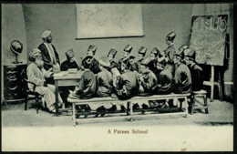 Ref 1248 - Early Ethnic Postcard - A Parsee School - India Pakistan - India