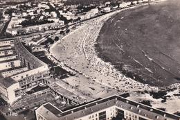 CPA  ROYAN  17200 :  La Plage Vue Aérienne    1960 ? - Royan