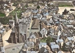 CP Questembert L'Eglise Et Vue D'Ensemble En Avion  56 Morbihan - Questembert