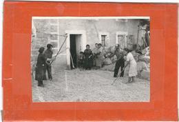 Lozere : La Brousse, ( Famille Plagnes?), Battage Du Blé, Photo D'Epoque... - France