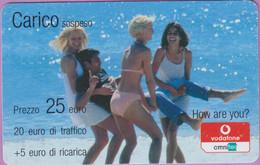 Télécarte Prépayée °° Italie -Carico Vodaphone - Nanas En Maillot - RV - Italie