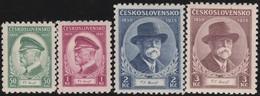 Tsjechoslowakije    .  Yvert  292/295   .      *   .    Ongebruikt Met Plakker  .   /   .   Mint Hinged - Tsjechoslowakije