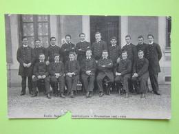 Photo De Groupe, Ecole D'Instituteurs Promotion 1907-1910 - CPA Carte Photo Guerre 14-18 écrite Pour Lorrez-le-Bocage 77 - Métiers