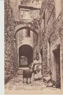 C.P. A. - VENCE - RUE SAINTE LUCE - 908 - N. D. - CAGNOLI - ANIMÉE - CHÈVRE - Vence