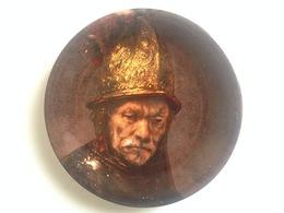 Plato Soldado Lansquenete Alemán Siglo XVI. Emperador Carlos V. Años '70. Original. Cerámica - Sin Clasificación