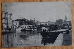 34 : Sète / Cette - Pêche à La Daurade - Animée : Pêcheurs à La Ligne - Petites Traces D'usure - (n°13777) - Sete (Cette)