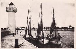 17. ÎLE DE RÉ. LA FLOTTE. L'ENTRÉE DU PORT. ANNEE 1951+ TEXTE - Ile De Ré