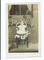 Child From Postcard Album Of Elsie Greenway C.1915/19    Nottingham. Outside House - Généalogie
