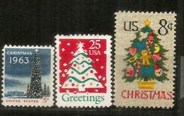 USA. Le Sapin De Noël Américain.  3 Timbres Neufs ** - Christmas