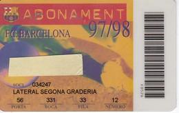 CARNET DE SOCIO DE FUTBOL CLUB BARCELONA TEMPORADA 1997/98 LATERAL (FOOTBALL) BARÇA - LA CAIXA - Fútbol