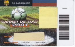 CARNET DE SOCIO DE FUTBOL CLUB BARCELONA TEMPORADA 2001 CON FOTO (FOOTBALL) BARÇA - LA CAIXA - Fútbol