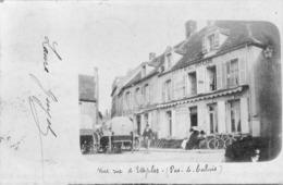 Carte Photo Ecrite Et Voyagee En 1900 Une Rue D Etaples - Etaples