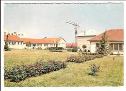 CHAMPS-sur-MARNE  -  Cpsm  .    - Centre Professionnel Des Adultes     ( Scans Recto-verso) - Other Municipalities