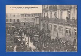 VANNES Journee Diocesaine 1925 Defilé Place De La Mairie =Très Très Bon ETAT=  Ww 604 - Vannes