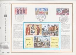 = Histoire De France Valmy 18.9.71 N°1679 Versailles 8.5.71 N°1678 Paris 10.7.71 N°1680 Encart Perforé 1er Jour 3 Timbre - Francia
