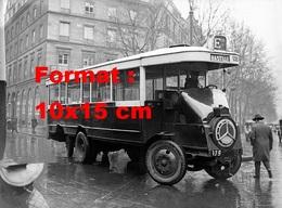 Reproduction D'une Photographie Ancienne D'un Bus Ligne Bastille Place De La Madeleine à Paris En 1932 - Reproductions