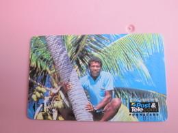 GPT Phonecard,01FJA Man On Palm Tree - Fiji