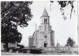 48 - SART - LIERNEUX  -  L'église   *tracteur* Cpm * - Lierneux