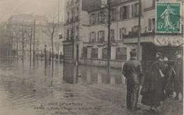 92 CLICHY Crue De La Seine Janvier 1910 Angle De La Rue Du Bois - Clichy