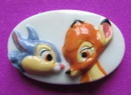 """Feve Plate DISNEY Brillante  """" Bambi Et Panpan """" - Disney"""
