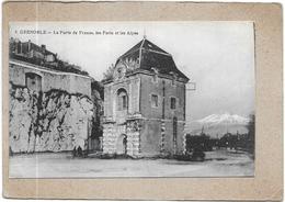 GRENOBLE - 38 -  La Porte De France Les Forts Et Les Alpes   - DELC7 - - Grenoble