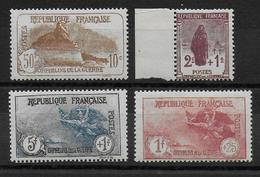 1926 - YVERT N° 229/232 ** MNH LUXE - COTE = 590 EUR. -  ORPHELINS - France