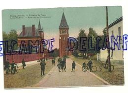 Bourg-Léopold. Leopoldburg. L'église Et La Poste. Kerk En Het Postkantoor. Carte Animée, Vélos.Ed. Loosvelt-Adeline - Leopoldsburg