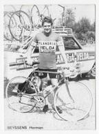 CARTE CYCLISME HERMAN BEYSSENS TEAM VELDA - FLANDRIA 1976 - Cyclisme