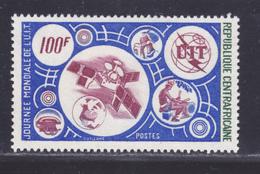 CENTRAFRICAINE N°  257 ** MNH Neuf Sans Charnière, TB (D7906) Cosmos, Journée Mondiale De L' U.I.T. - 1976 - Central African Republic