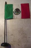 DRAPEAU DU MEXIQUE - SUPPORT EN BOIS - Drapeaux