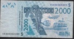 W.A.S. LETTER S GUINEA BISSAU P916Sn ? 2000 FRANCS  2016 FINE Folds NO  P.h. ! - États D'Afrique De L'Ouest