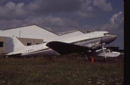 SLIDE / AVION / AIRCRAFT   KODAK  ORIGINAL  DC 3  F-BYCU - Diapositives