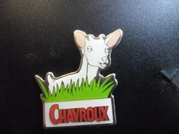 PIN'S FROMAGE De CHEVRE CHAVROUX - Réparsac Près De Cognac (16) Charente @ 25 Mm X 22 Mm - Alimentation