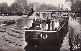 PARIS - Le Pont Neuf Et Les Quais De La Seine - Die Seine Und Ihre Ufer