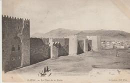 C. P. A. - GAFSA - LA PLACE DE LA KASBA - N. D. - 17 - Túnez