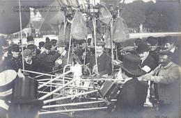 """3-  COUPE GORDON-BENNETT (30 SEPT. 1906) SANTOS-DUMONT, DANS LA NACELLE DES """"DEUX AMERIQUES"""" - Dirigibili"""