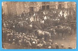 36- CHATEAUROUX . INDRE En BERRY . CARTE PHOTO De L' ENTERREMENT Des VICTIMES De La CATASTROPHE De LOTHIERS En 1918 - Chateauroux