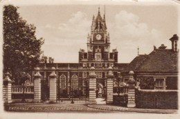 ENGLEFIELD GREEN - ENTRANCE TO ROYAL HOLLOWAY COLLEGE - Surrey