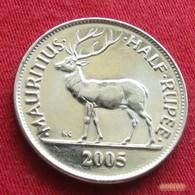 Mauritius 1/2 Half Rupee 2005 KM# 54 Mauricia Maurice - Maurice