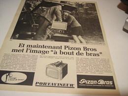 ANCIENNE  PUBLICITE TELEVISION PORTAVISEUR DE PIZON BROS 1966 - Affiches & Posters