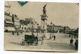 CPA 63 : CLERMONT FERRAND Place Jaude       A  VOIR  !!!!!!! - Clermont Ferrand