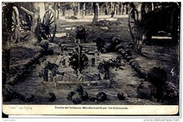 Guerre 14-18 Cimetières Et Monuments Tombe De L'aviateur Mendes Fusillé Par Les Allemands - Guerre 1914-18