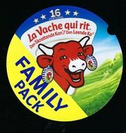 Etiquette Fromage  La Vache Qui Rit Den Skrattande Kon Den Leende Jo Family Pack   écriture étrangère 16 Portions - Fromage