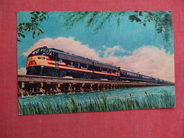 Humming Bird Express Crossing Biloxi Bay Mississippi       Ref 3106 - Trains