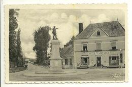 72 - THORIGNIE SUR DUE / LE MONUMENT AUX MORTS ET ROUTE DE CONNERRE - Other Municipalities