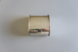 Boite à Cigarettes Ancienne En Argent Gravée : CoCEM 1956 & - Altri