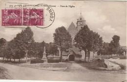 CPA 89 (Yonne) CHAMPIGNY Sur YONNE / LA PLACE DE L'EGLISE - Champigny
