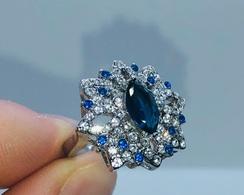 Jolie BAGUE Sertie De Saphirs Cz Bleus Et Brillants En Forme De Fleur. LIVRAISON GRATUITE. - Ring